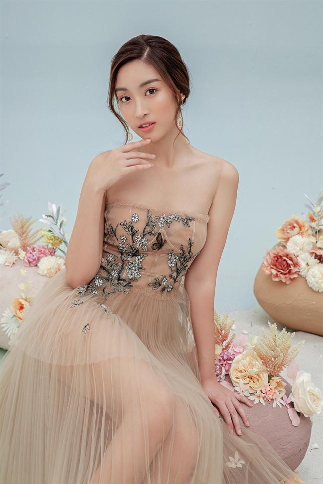 Do My Linh goi y loat vay xuyen thau cho nang chuong phong cach goi cam