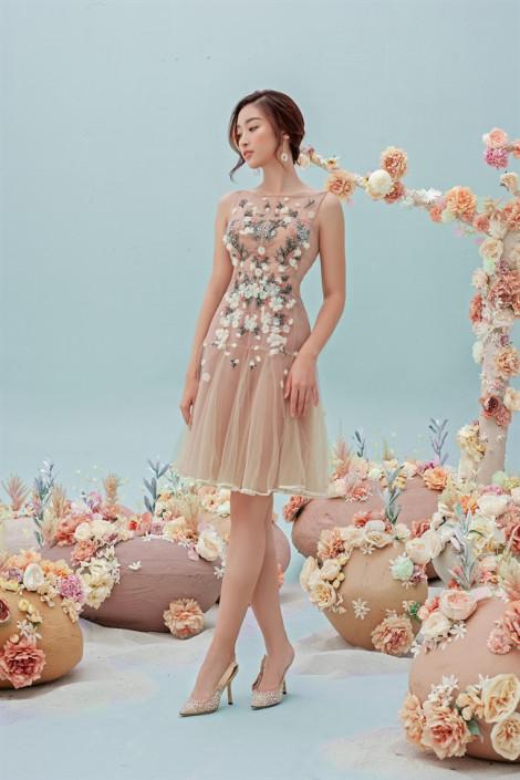Đỗ Mỹ Linh gợi ý loạt váy xuyên thấu cho nàng chuộng phong cách gợi cảm