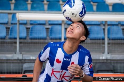 Đoàn Văn Hậu đẩy lượng fan SC Heerenveen của Hà Lan tăng chóng mặt