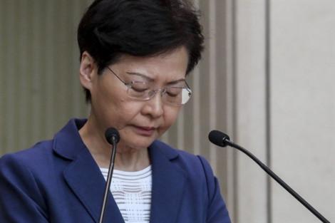 Bà Carrie Lam: 'Không từ chức là lựa chọn của riêng tôi'