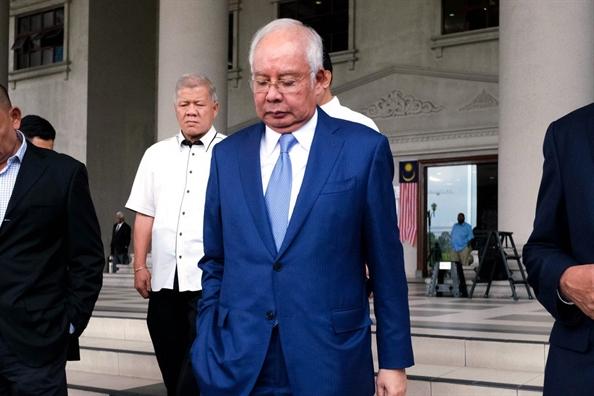 Cuu Thu tuong Malaysia 'muon tay' Trung Quoc de giai quyet no nan