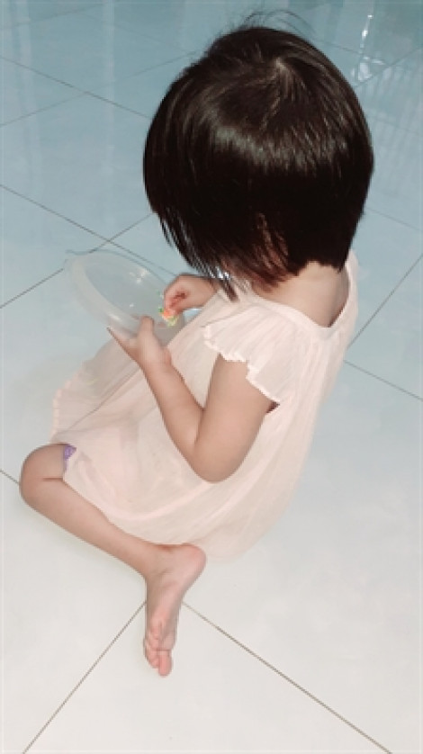 Bị bé gái 3 tuổi nhận diện 'người làm con đau' vùng kín, ông già 71 tuổi vẫn thoát tội