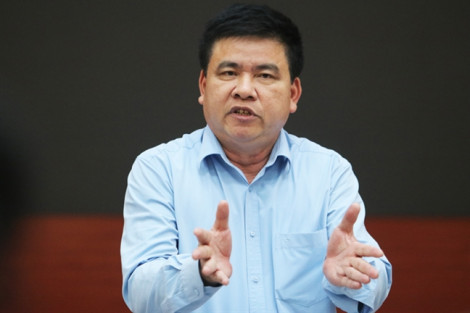 Phó ban Tuyên giáo Hà Nội nói gì khi bị truy vấn vụ cháy kho Rạng Đông?
