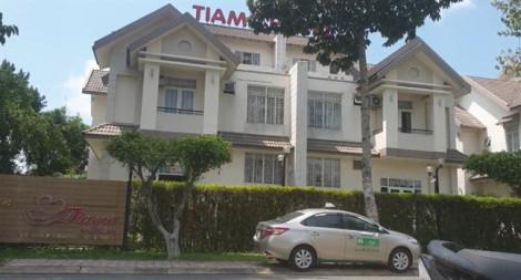 Người đàn ông nước ngoài chết trong khách sạn Tiamo Phú Thịnh