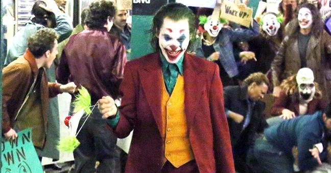 Phim Joker va noi lo ve 'cam hung' giet nguoi sau khi xem