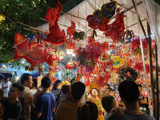 Pho bich hoa Phung Hung, diem check in khong the bo qua trong Tet Trung thu