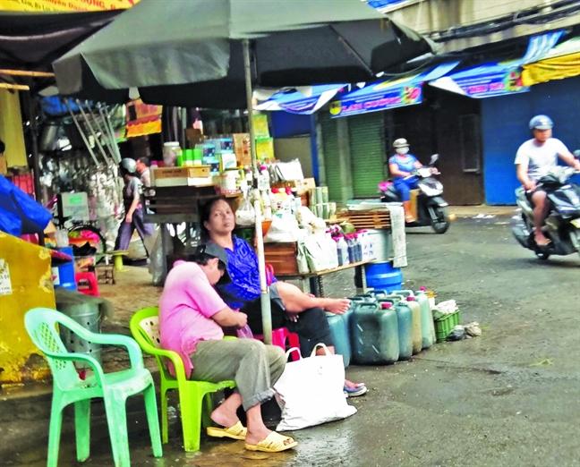 Nhung 'Rang Dong' giua Sai Gon - Bai 1: Tu than lon von trong khu dan cu