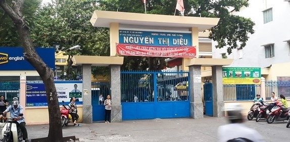 Hieu truong Truong THPT Nguyen Thi Dieu lai bi giao vien 'to'