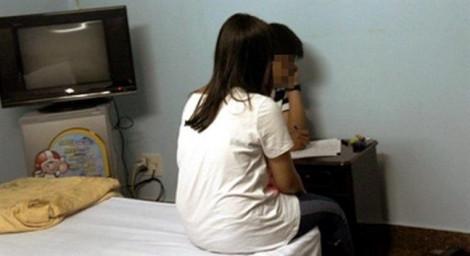 Truy tố nam thanh niên 9X nhiều lần đưa nữ sinh lớp 9 vào nhà nghỉ ăn 'trái cấm'