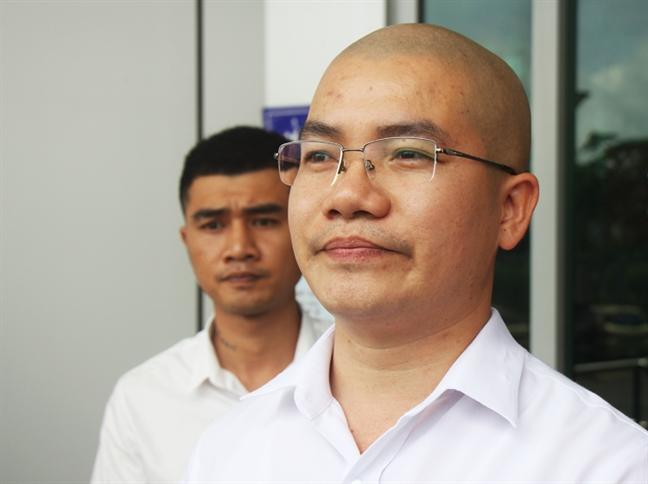 Khoi to Chu tich Cong ty dia oc Alibaba Nguyen Thai Luyen