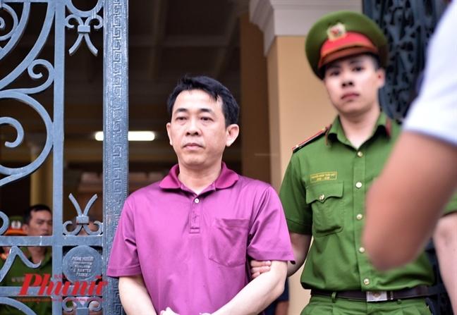 Chu toa phien toa VN Pharma: Cac bi cao khong phai bi truy to toi buon ban thuoc gia