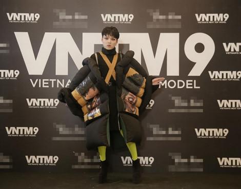 Thí sinh ăn mặc quái dị đổ bộ 'Vietnam's Next Top Model 2019'