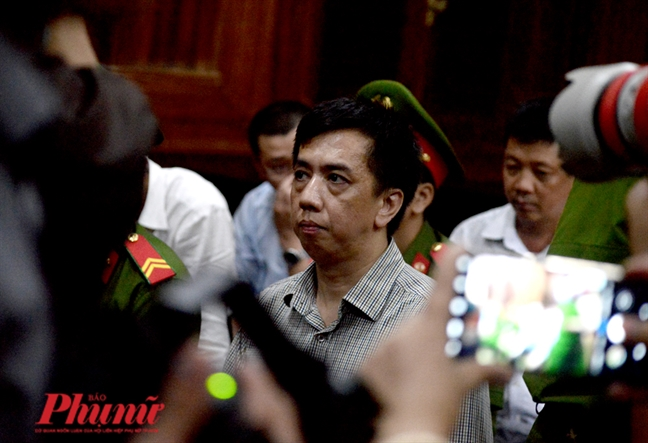 Tuyen an vu VN Pharma: Vo Manh Cuong lanh 20 nam tu, Nguyen Minh Hung 17 nam tu