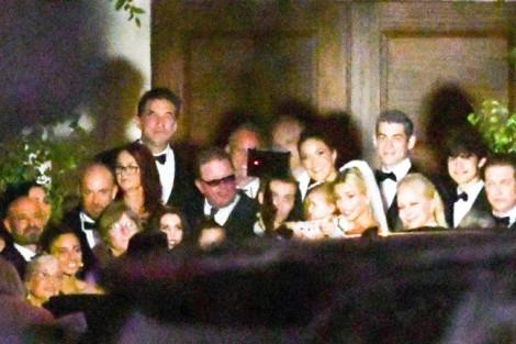 Justin Bieber và Hailey tung ảnh 'lung linh' hậu đám cưới