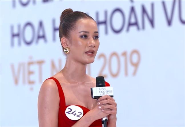 Thi sinh 'Hoa hau Hoan vu Viet Nam 2019': cha de 'Xuan toc do' la Nam Cao!