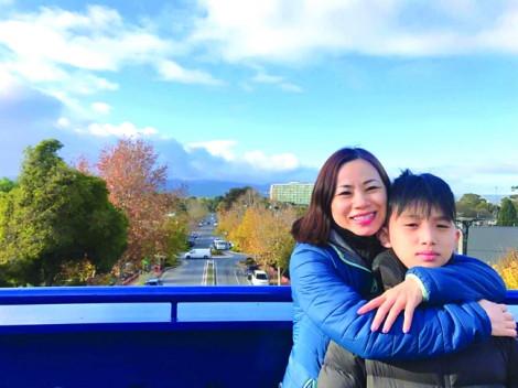 Chị Bùi Thị Phi Giao: Đơn thân hay 'hai mình' nuôi con đều vất vả như nhau