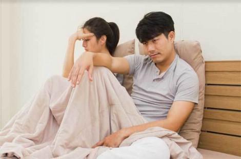 Khốn khổ vì lịch chăn gối của vợ