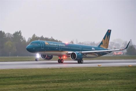 Máy bay Vietnam Airlines lùi giờ khởi hành để hỗ trợ khách Hàn Quốc  biểu hiện co giật