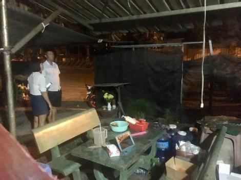 Nửa đêm quán cà phê bị ném bom xăng, cả phố náo loạn