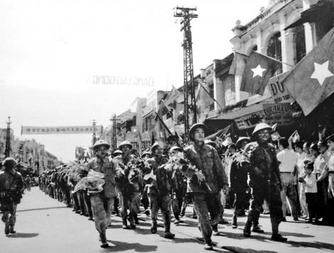Kỷ niệm 65 năm ngày giải phóng thủ đô: Họ đã trở thành một phần của linh hồn Hà Nội