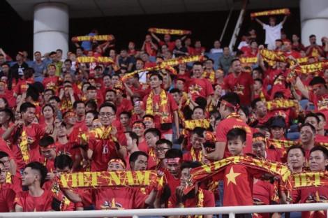 Việt Nam thắng Malaysia 1-0 bằng bàn thắng của Quang Hải