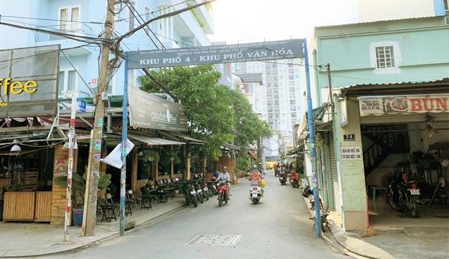 Chinh quyen doi tich thu tien cua doanh nghiep dong gop cho dan