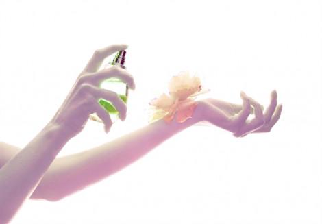 Nước hoa, vũ khí bí mật của phụ nữ