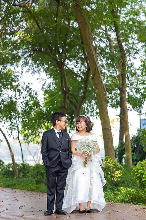 Ảnh cưới tuyệt đẹp của cặp đôi tí hon