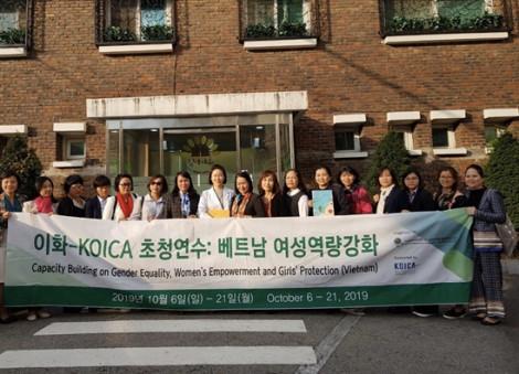 Đi Hàn Quốc học về bình đẳng giới, trao quyền cho phụ nữ và bảo vệ trẻ em gái