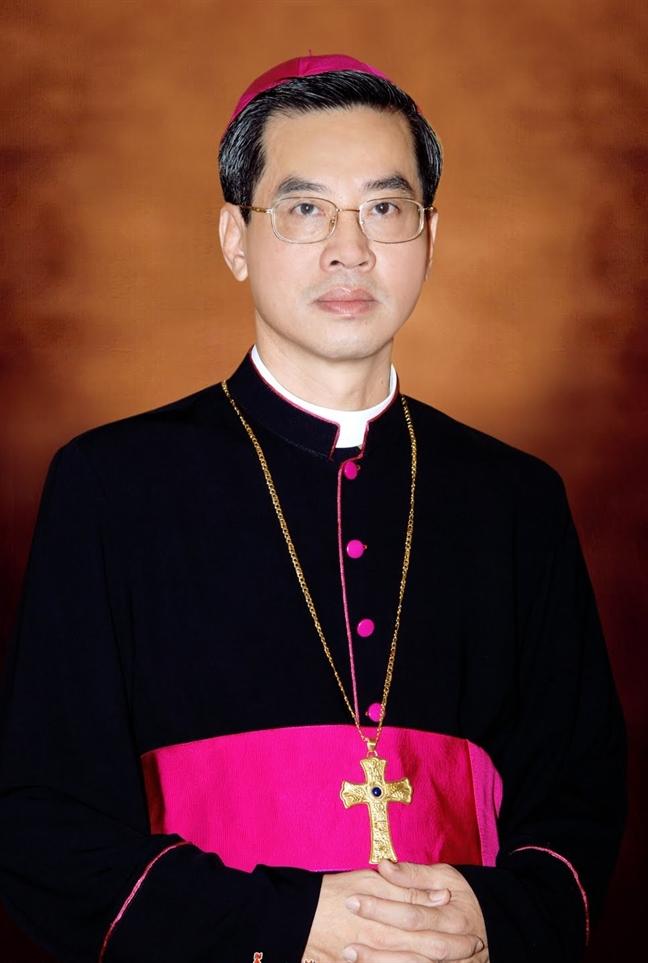 Duc cha Giuse Nguyen Nang lam Tong giam muc giao phan TP.HCM