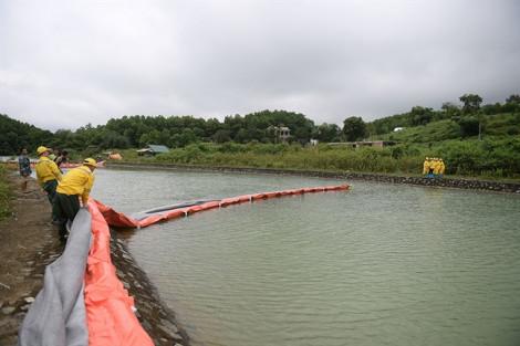 Nhà máy nước Sông Đà lắp 21 màng lọc ngăn dầu