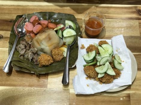 Kiểu ăn bánh giò lạ chưa từng thấy ở Sài Gòn