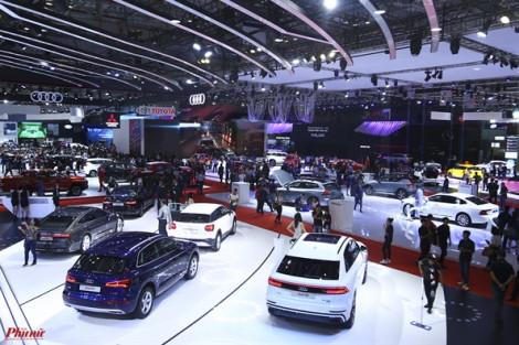 Các hãng ô tô danh tiếng mang sản phẩm đến Việt Nam 'trình làng'