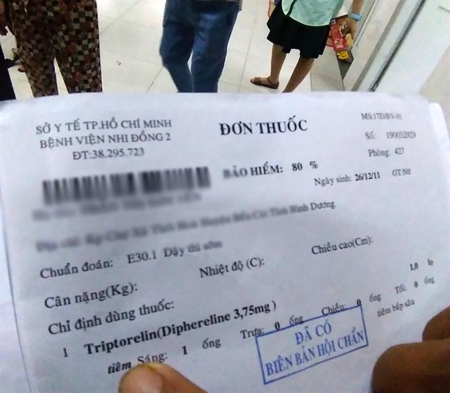 Tai sao Benh vien Nhi dong 2 co thuoc tiem chong day thi som nhung thong bao het thuoc?