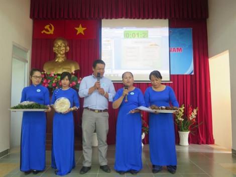 Phụ nữ huyện đảo vận động nhau dùng hàng Việt Nam