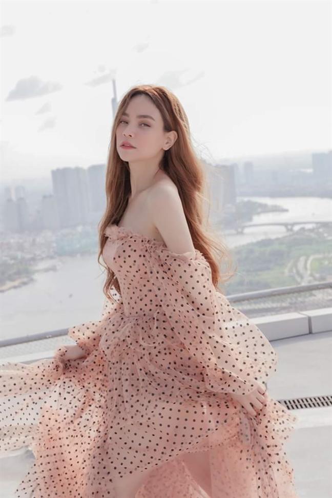 15 bo trang phuc cua Ha Ho trong MV moi