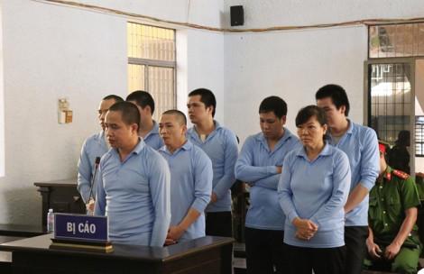 21 năm tù cho nữ bị cáo trong vụ nổ súng làm 8 người thương vong