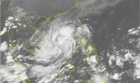 Áp thấp nhiệt đới mạnh lên thành bão số 5 áp sát Bình Định - Ninh Thuận