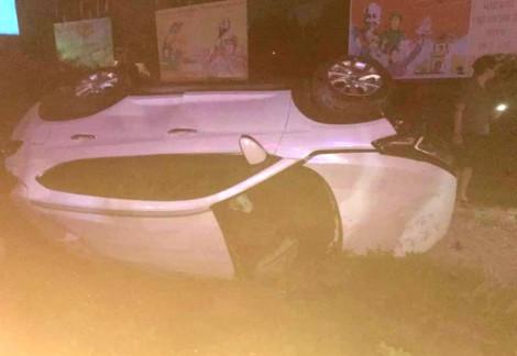 Phó bí thư huyện ủy băng ô tô qua đường sắt, bị tàu lửa tông chết