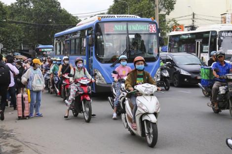 TP.HCM tăng cường kiểm tra khí thải ô tô, xe buýt