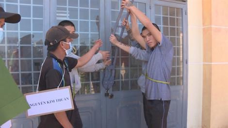 Cán bộ hộ tịch chỉ điểm cho trộm vào trụ sở UBND xã phá két sắt
