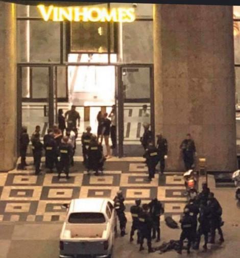Cảnh sát dùng quả nổ nghiệp vụ để khống chế kẻ bắt con tin ở tòa nhà Landmark 81