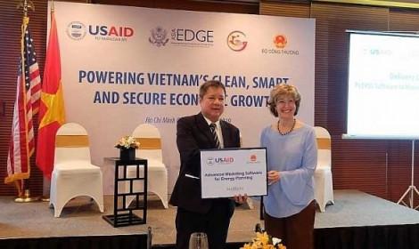 Mỹ tài trợ 14 triệu USD cho Dự án an ninh năng lượng đô thị Việt Nam