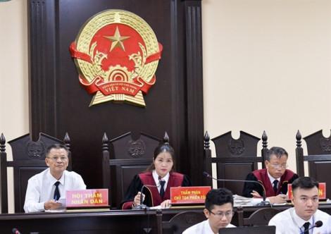 Mẹ của Phó trưởng Đoàn đại biểu Quốc hội tỉnh Hà Giang 'nhờ vả' nâng điểm cho cháu