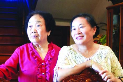 Người phụ nữ Lào gửi cả đàn con cháu theo học ở Việt Nam
