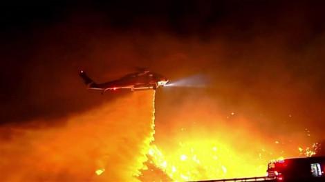 Tổng thống Trump chê thống đốc California 'quản lý rừng kém' để cháy rừng