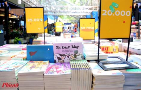 Dịch giả trẻ nghèo vốn tiếng Việt, tác phẩm dịch vàng - thau lẫn lộn