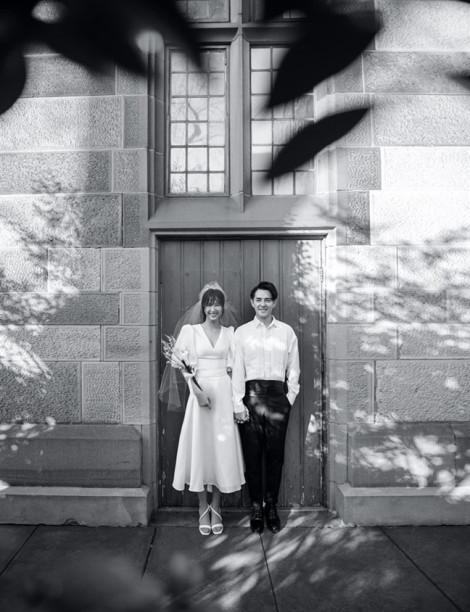 Trước thềm đám cưới, Đông Nhi tung bộ ảnh cưới lãng mạn tại Sydney
