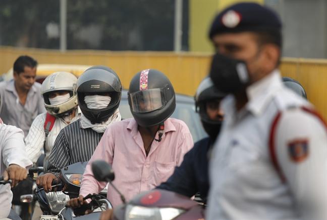 New Delhi: O nhiem khong khi 'giam mot nua'