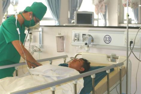 Thông tin mới nhất về vụ bảo vệ bệnh viện bị đâm vào ngực trái khi đang trực
